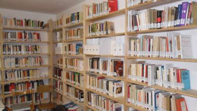 biblioteca_travaglini_01